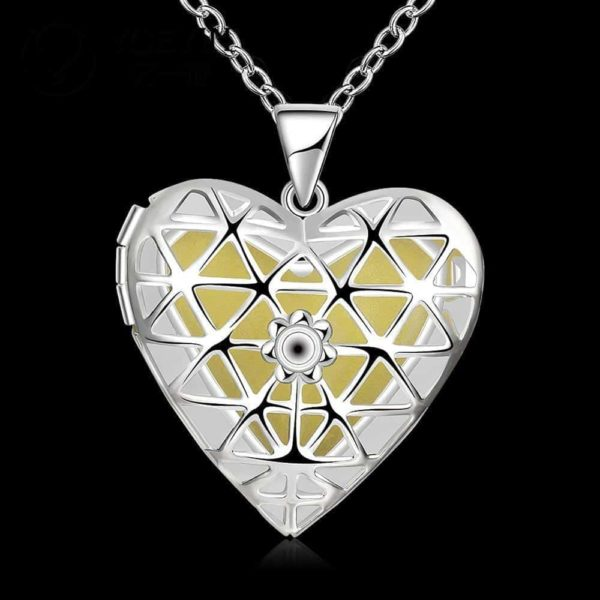 Lovely Hollow Out Glow In Dark Luminous Pendant Necklace 1