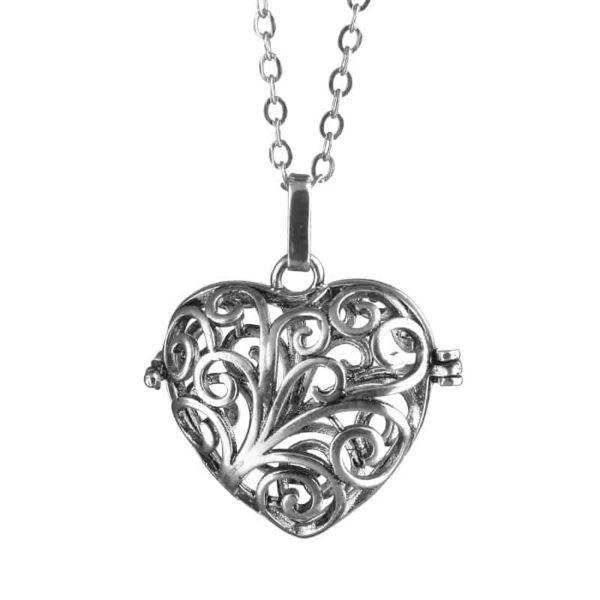 Silver Plated Hollow Out Love Heart Pendant Necklace 2