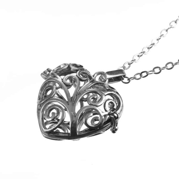 Silver Plated Hollow Out Love Heart Pendant Necklace 4