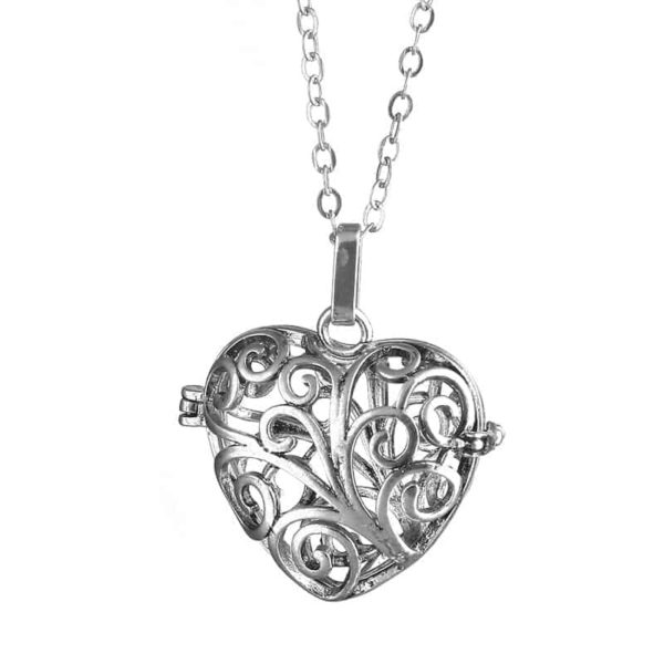 Silver Plated Hollow Out Love Heart Pendant Necklace 1
