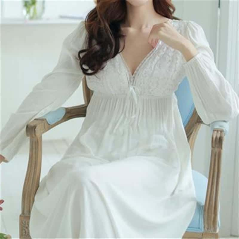 Vintage Nightgowns V-Neck Ladies White Sexy Sleepwear  f120ae0ca