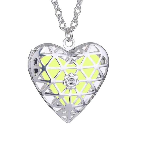 Openable Pendant Heart Love Aromatherapy Locket Essential 2