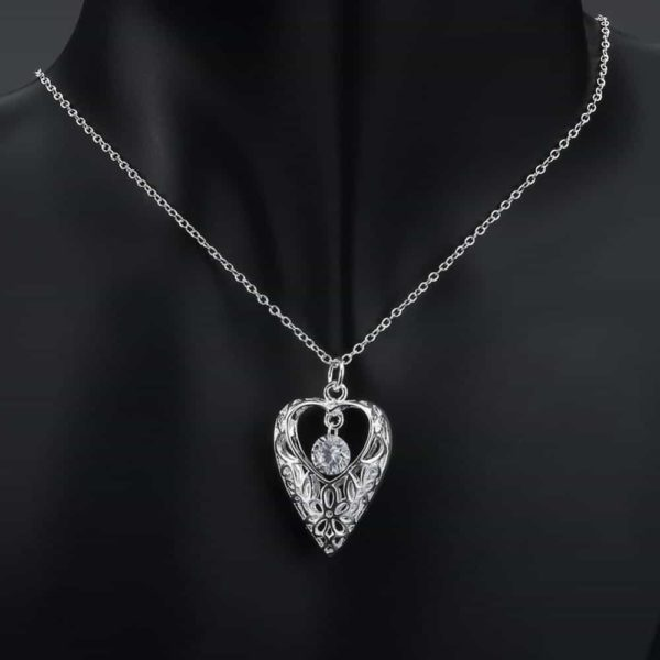 White Zircon Hollow Out Heart 925 Silver Choker Necklace 18'' 5